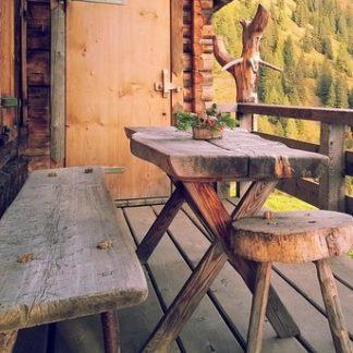 Tisch, Stuhl & Bank